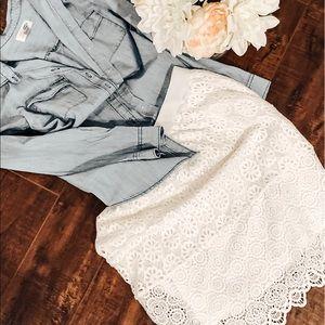 💗White skirt with white liner under✨.